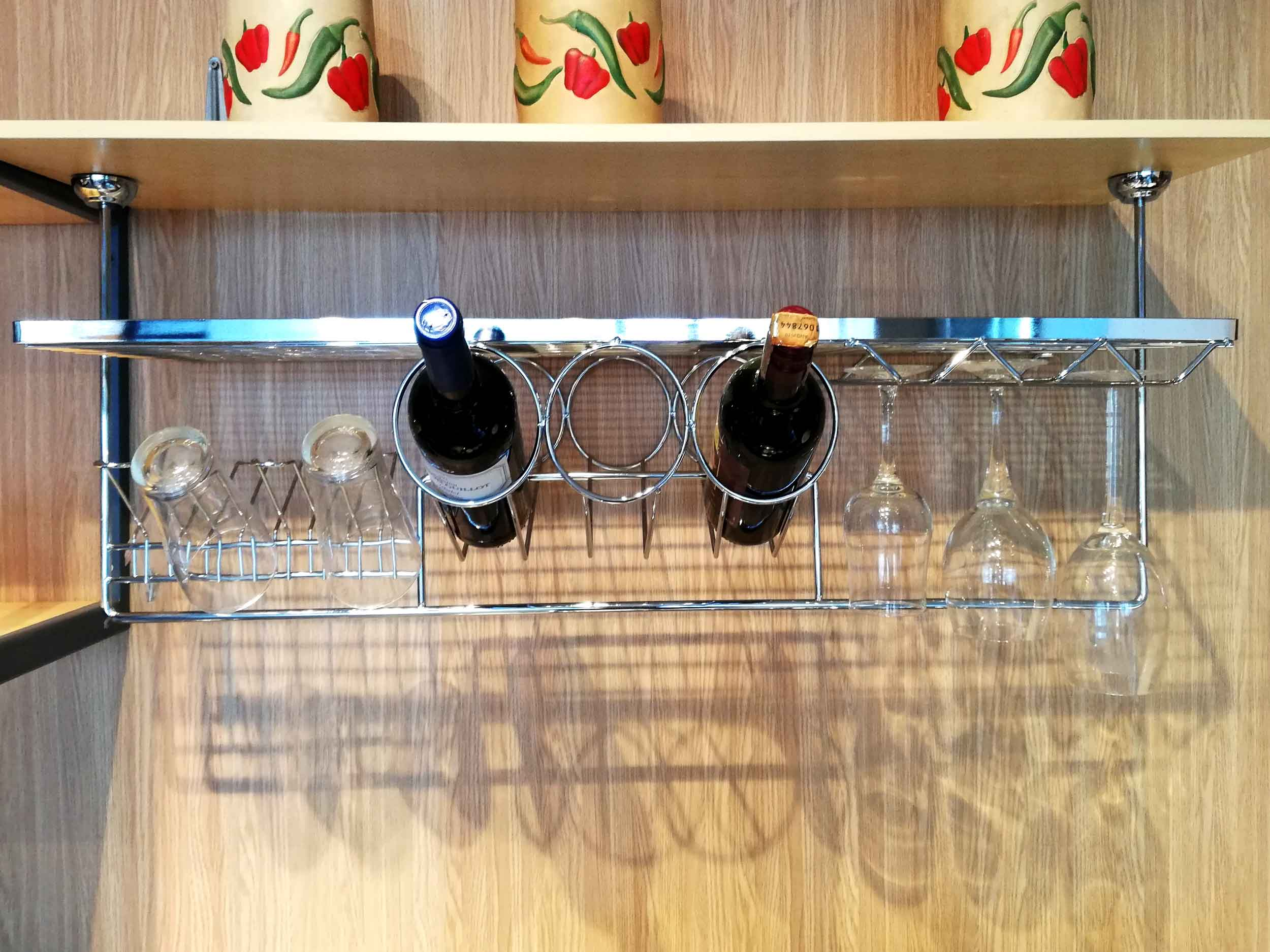 Splash-Kit-Hanging-Wine-Cellar